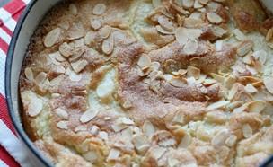 עוגת אגסים ומייפל סתווית (צילום: קרן אגם, אוכל טוב)