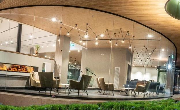 מבואת כניסה מלון גלעדי (צילום: סטודיו גולן)