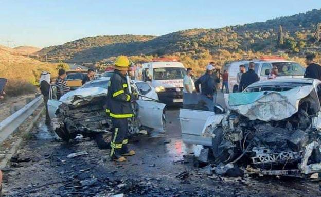 זירת תאונה קטלנית ליד מעבר ריחן בשומרון (צילום: כבאות והצלה לישראל)