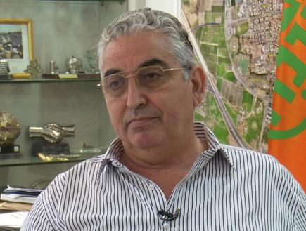 ראש עיריית רעננה חיים ברוידא (צילום: חדשות 12)