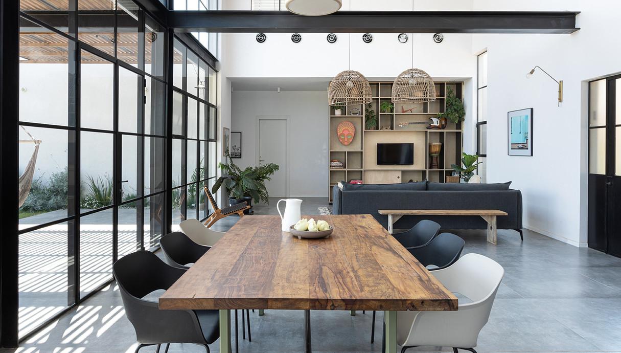 בית בשרון, עיצוב רון שנקין ואורלי מור, צילום הגר דופלט (14)