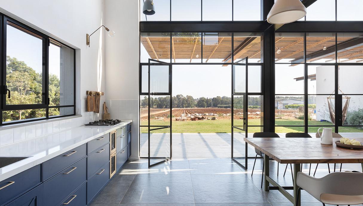 בית בשרון, עיצוב רון שנקין ואורלי מור, צילום הגר דופלט (17)