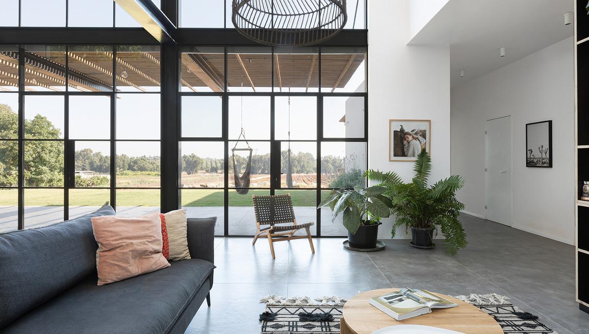 בית בשרון, עיצוב רון שנקין ואורלי מור, צילום הגר דופלט (18)