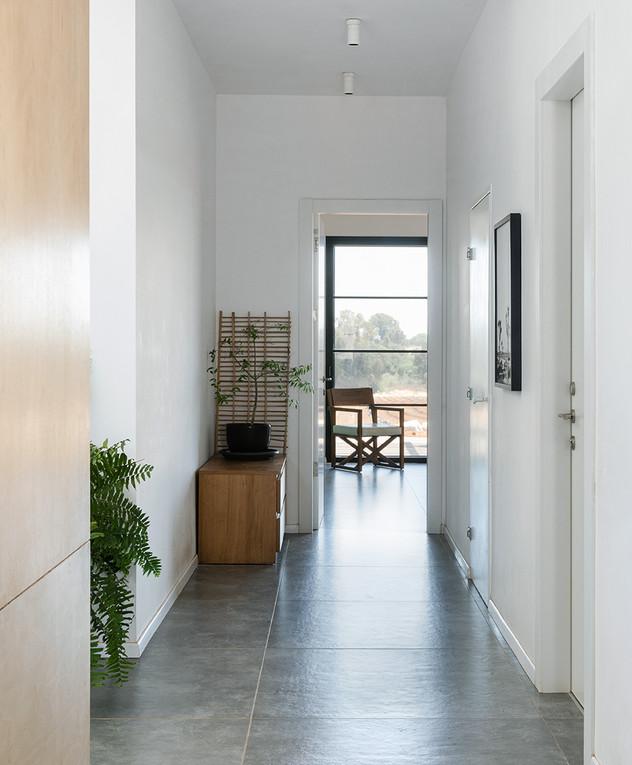 בית בשרון, עיצוב רון שנקין ואורלי מור, ג, צילום הגר דופלט (9)