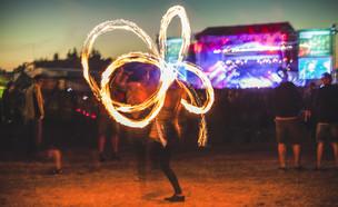 פסטיבל (צילום: shutterstock By JakubCervenka)