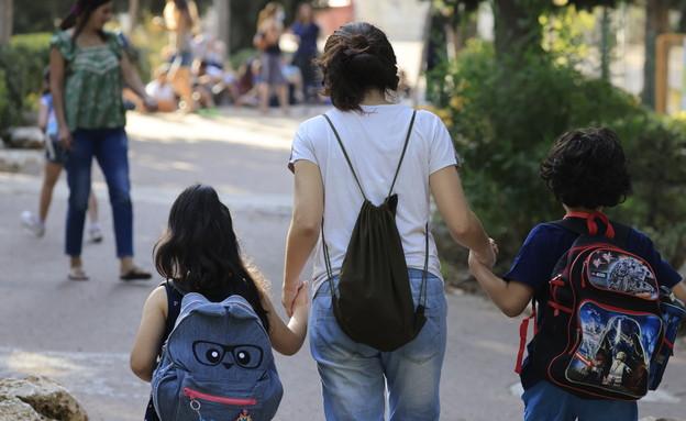 פתיחת שנת הלימודים בצל הקורונה (צילום: אוליבר פיטוסי, פלאש 90)