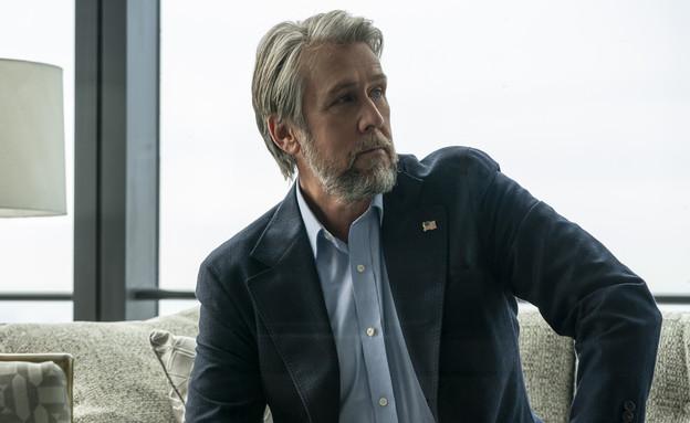 """אלן ראק, """"יורשים"""" (צילום: Macall Polay/HBO באדיבות yes ,HOT וסלקום tv, יחסי ציבור)"""