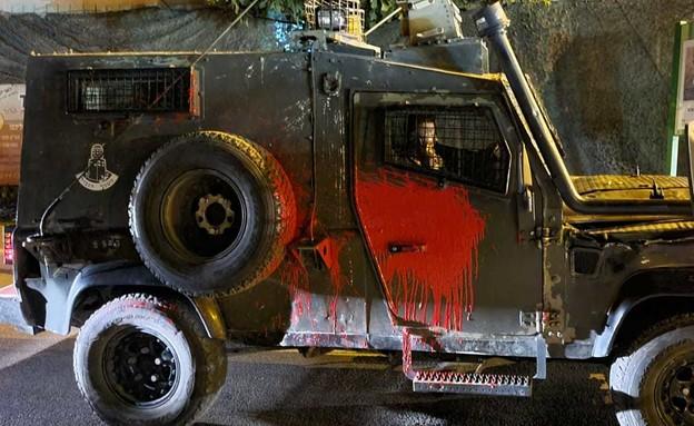 """ניידת מג""""ב הותקפה בידי מתנחלים ביצהר (צילום: דוברות המשטרה)"""