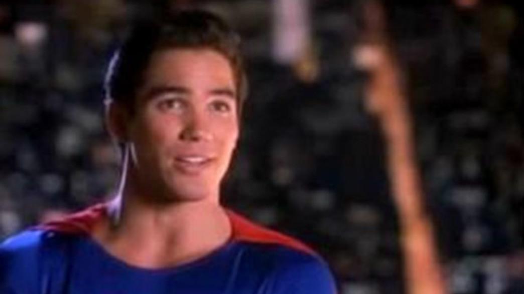 כבר לא סופרמן, אלא אוכף חוק רשמי (צילום: CNN, חדשות)