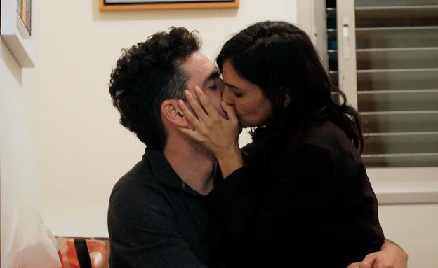 שני ודני מתנשקים (צילום: חתונה ממבט ראשון, קשת 12)