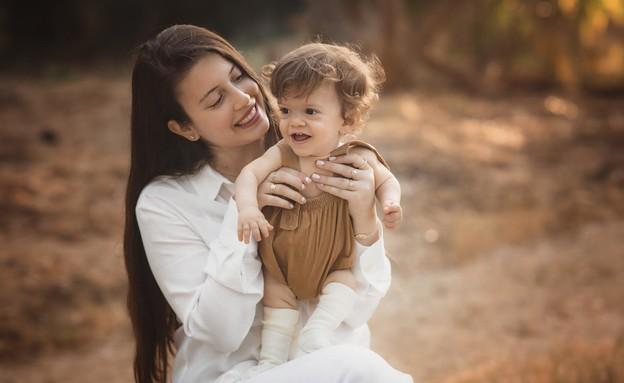 אורית הראל ובנה רפאל (צילום: לילך טוינה)