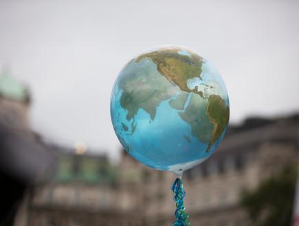 הפתרון למשבר האקלים? (צילום:  Ink Drop, shutterstock)